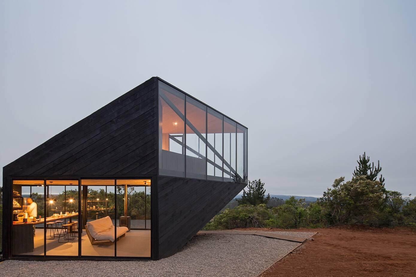 Casa Pre Barco by 2DM Arquitectos