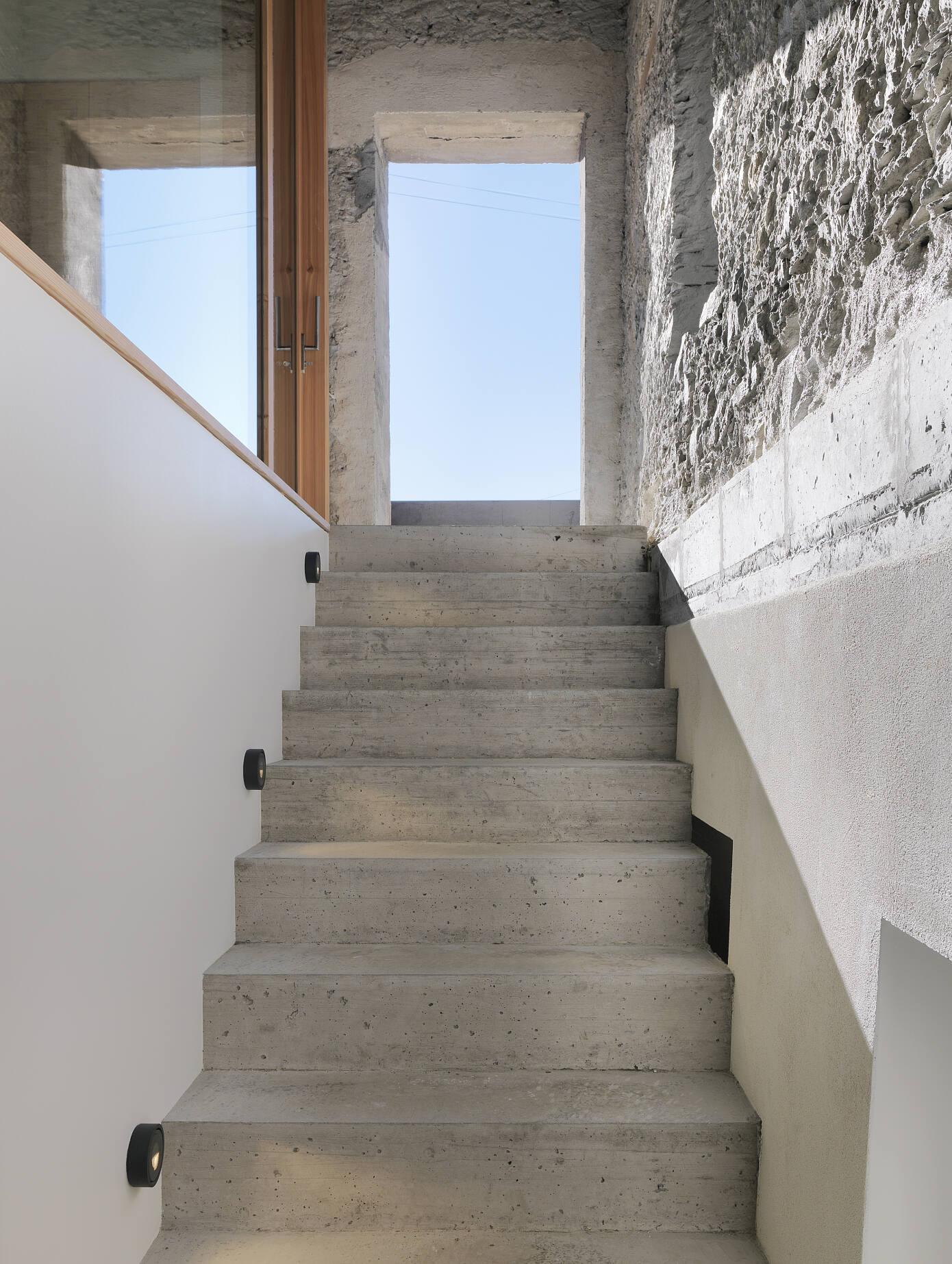 House CCB by Ralph Germann Architectes
