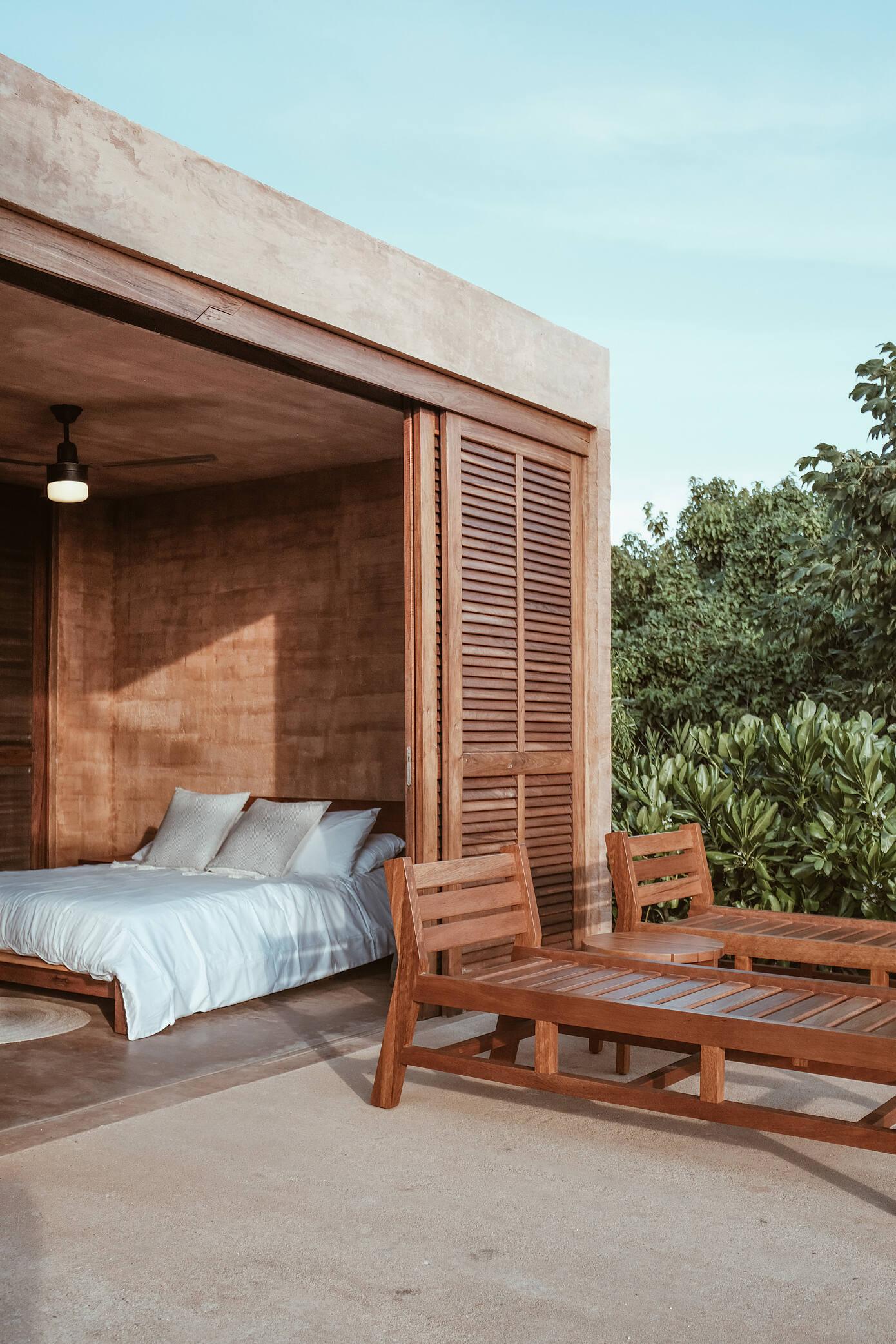 Mazul – Ocean Villas by Revolution Architects