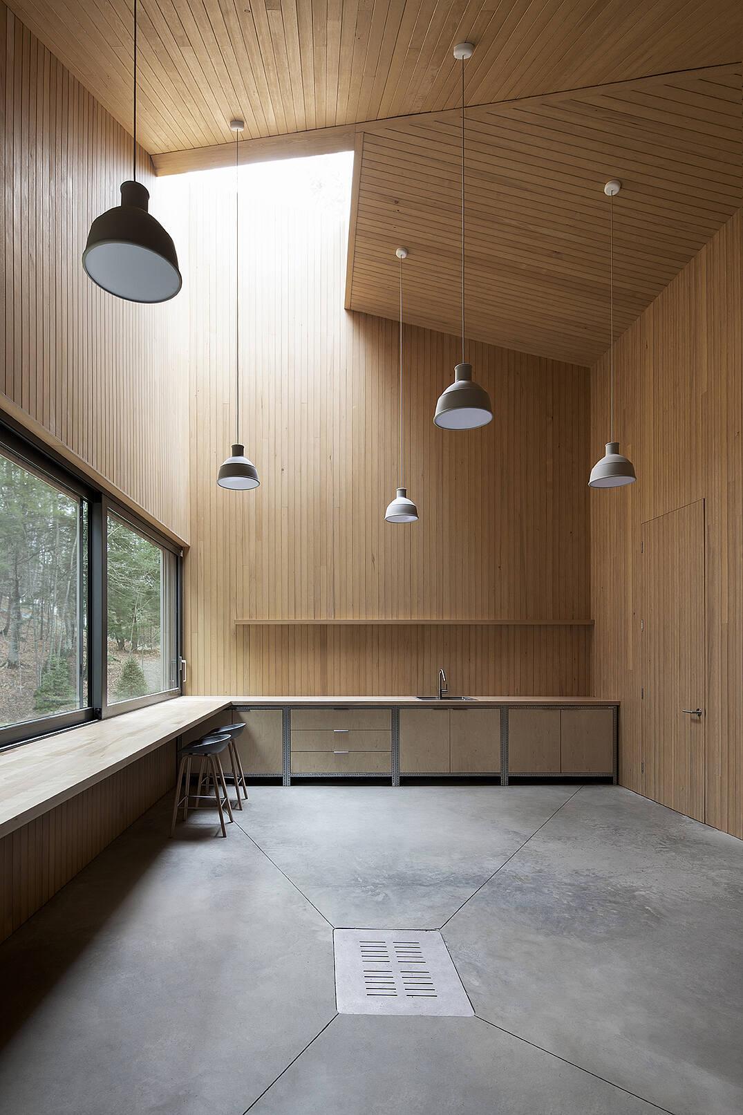 Memphremagog Lake House by Naturehumaine [architecture+design]