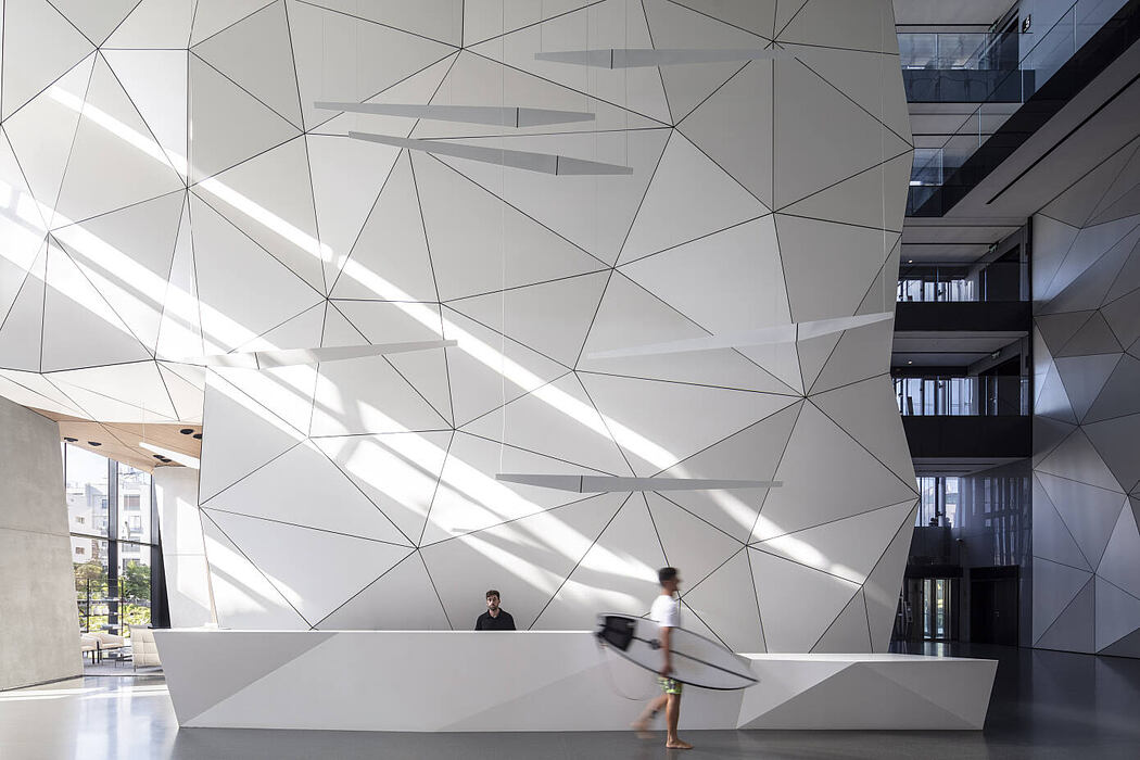 Arlozorov 17 Tower by Pitsou Kedem Architects and Daniela Shulman