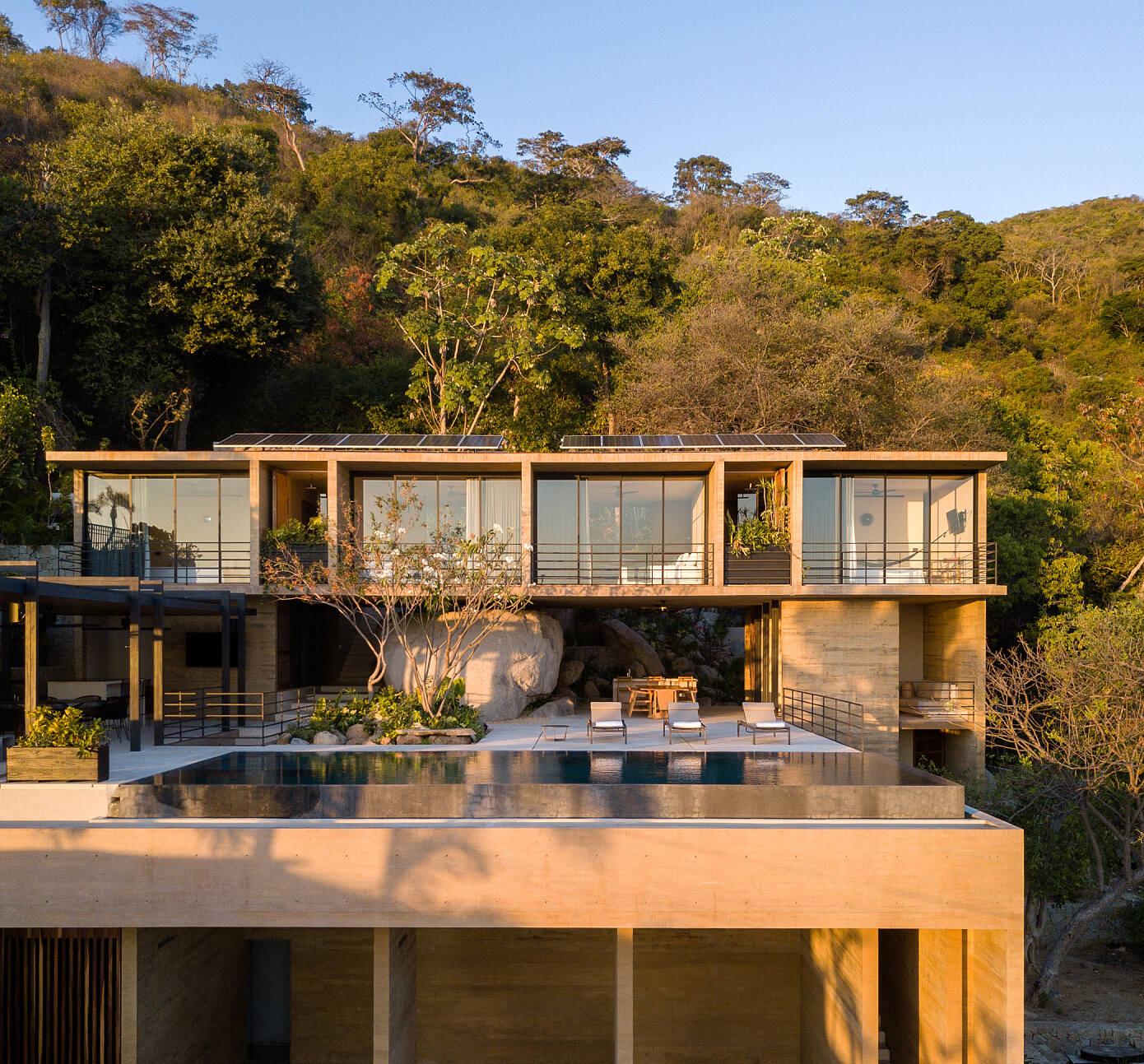 Casa Piedra Acapulco by Taller Gabriela Carrillo
