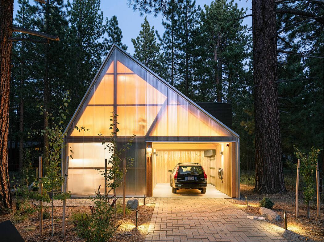 Lightus Retreat by Joongwon Architects
