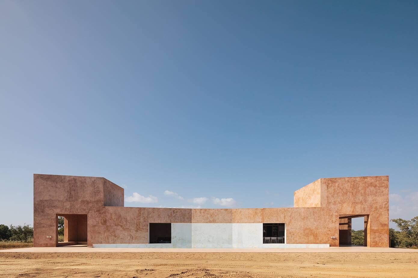 House in Grândola by Bak Gordon Arquitectos