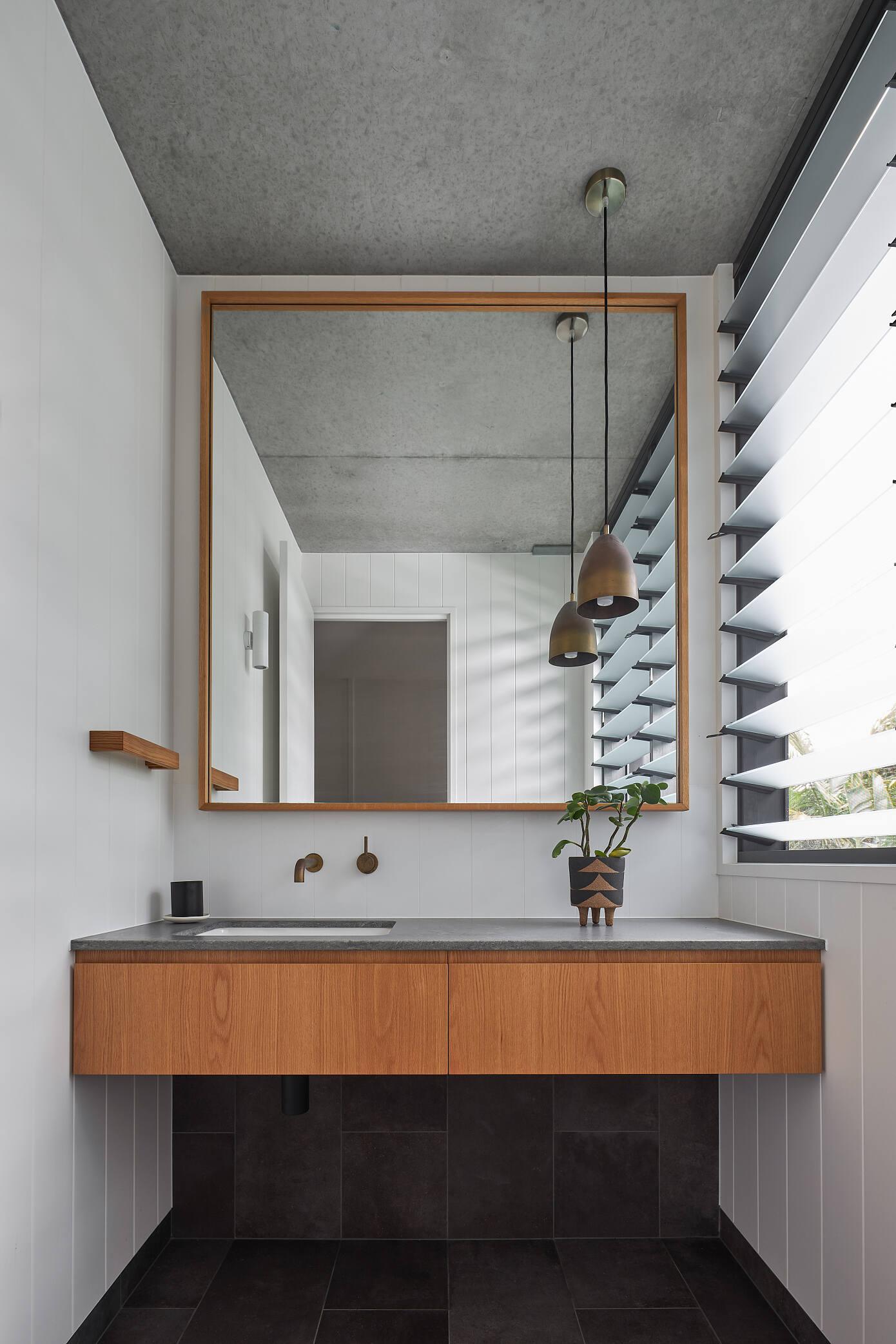 Larus Marinus by Harley Graham Architects