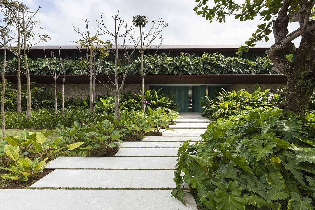 CM House by Bernardes Arquitetura