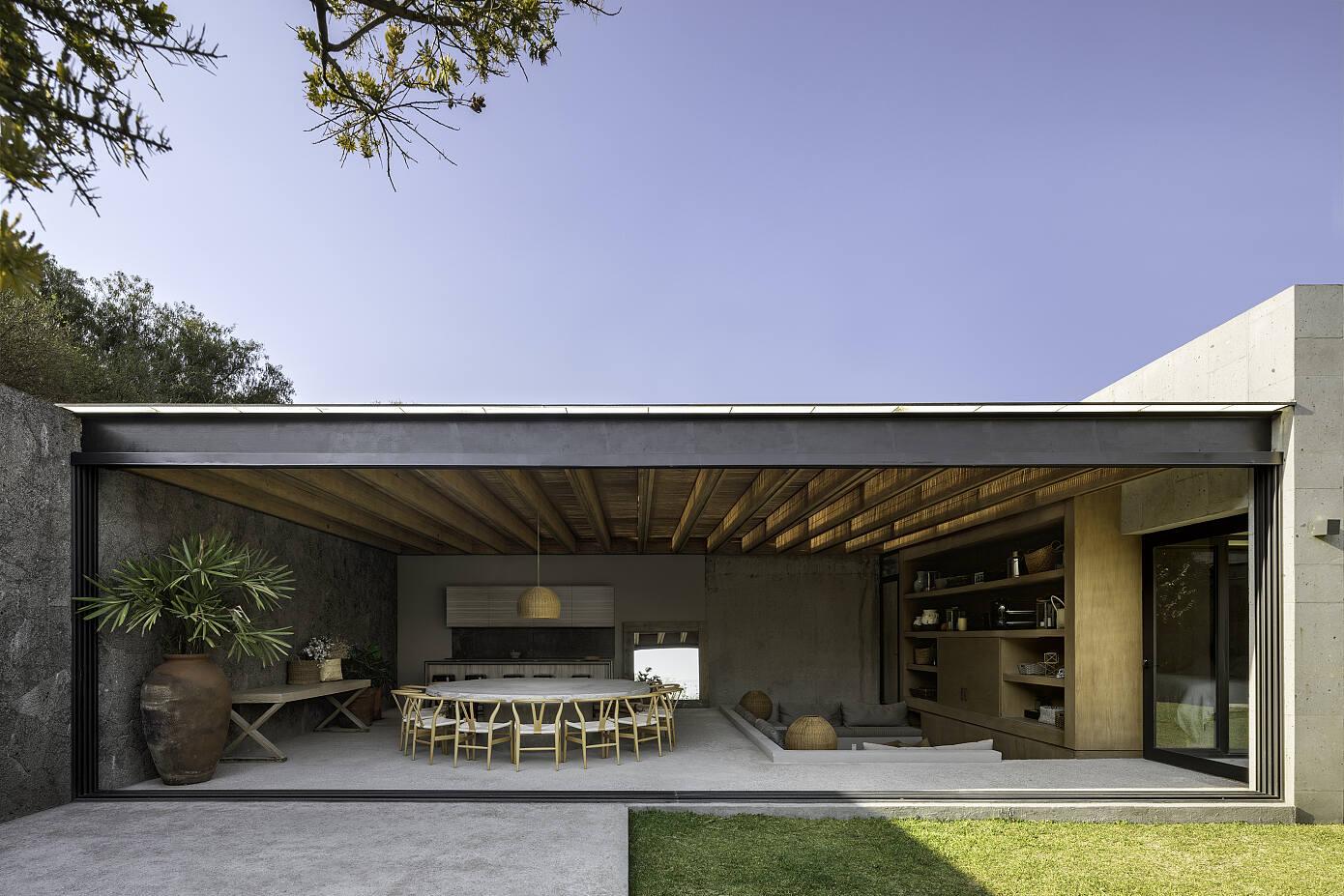 Casa Romero by Romero de la Mora