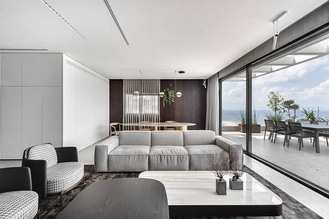 Sea View by Studio Erez Hyatt
