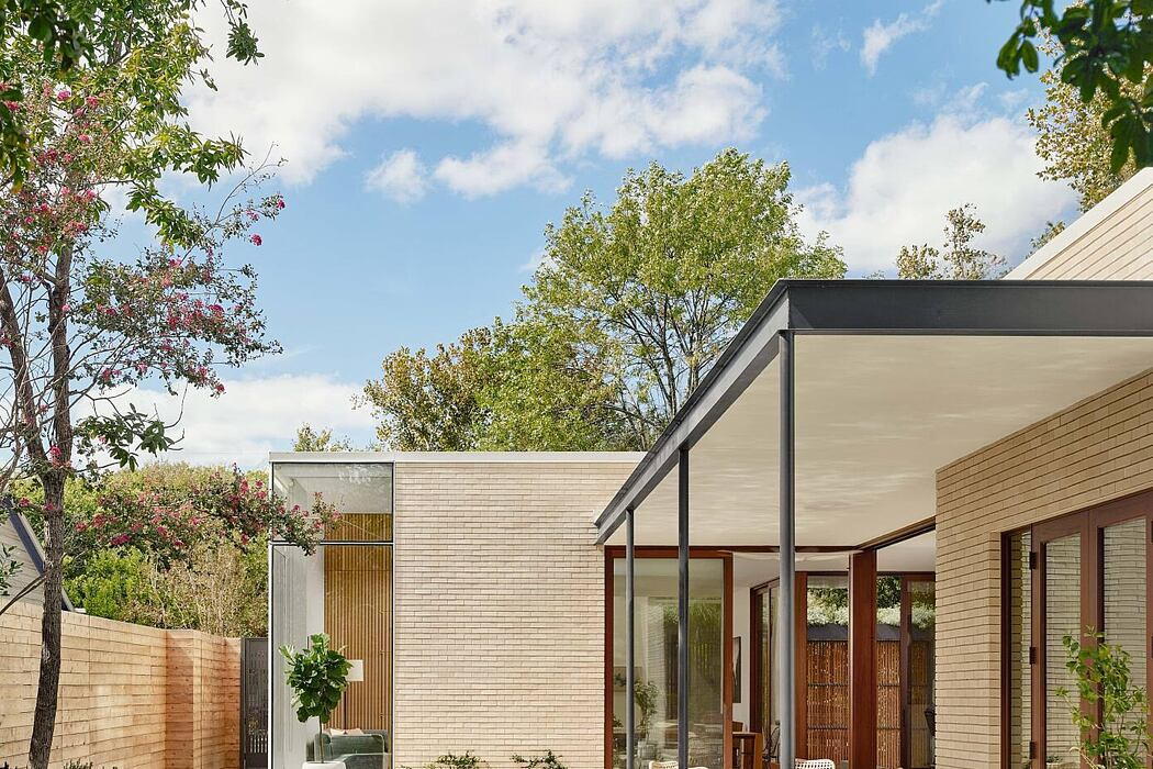 3313 Hemlock Ave. House by Chioco Design