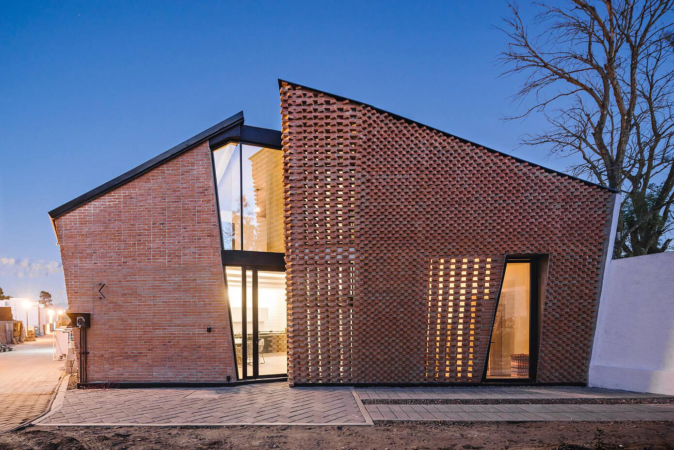 Saint Peter House by Cafeína Design