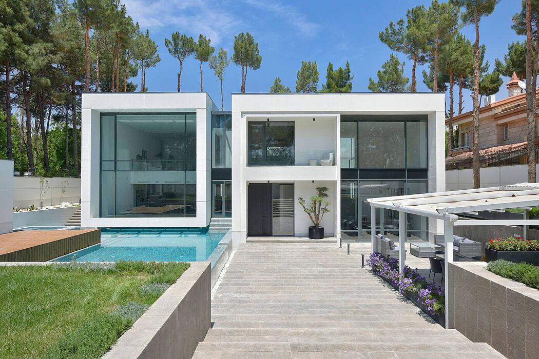 Shariat Villa by Cedrus Studio