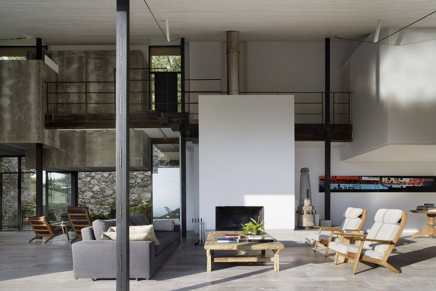 Country House in Spain by Ábaton Architects