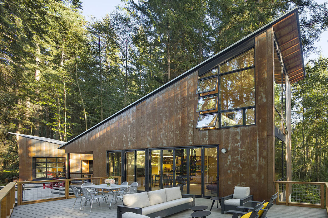 Little House/Big Shed by David Van Galen Architecture