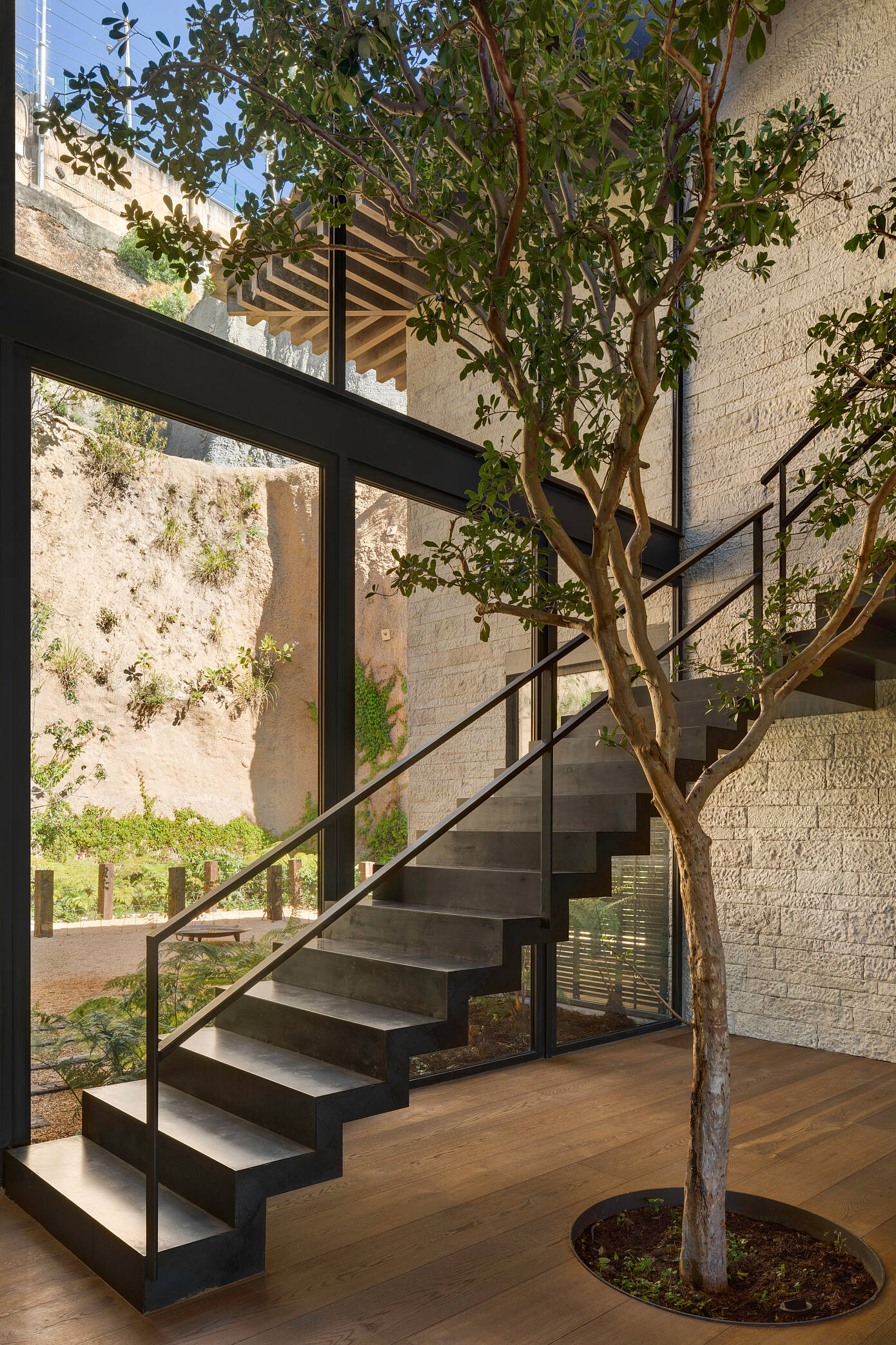 Ochre House by Chain + Siman