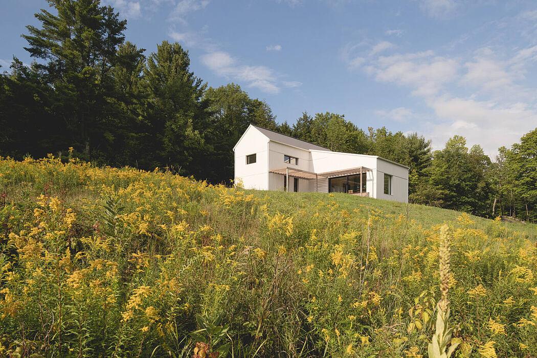 Saltbox Passive House by L' Abri