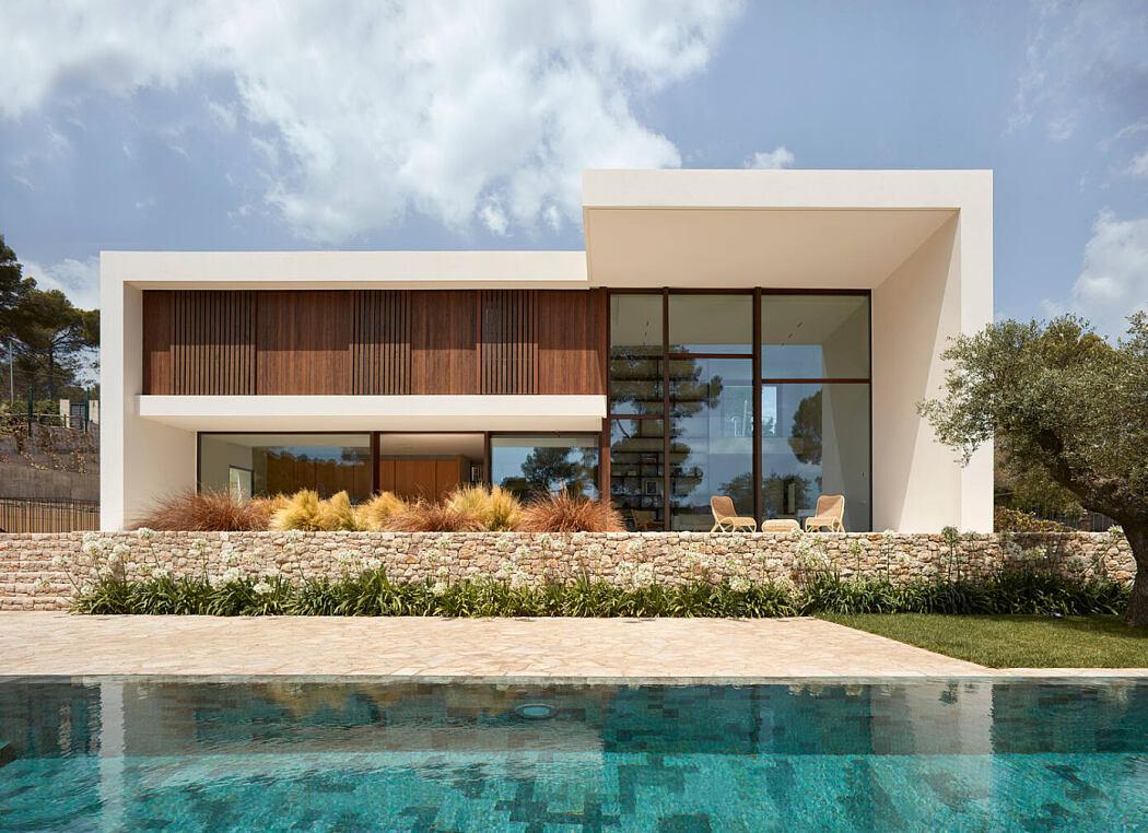 La Calma House by Ramon Esteve Estudio