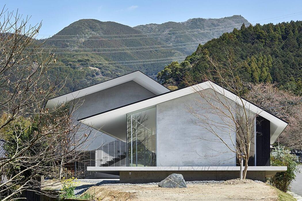 Akizuki No Tori House by Fujiwalabo