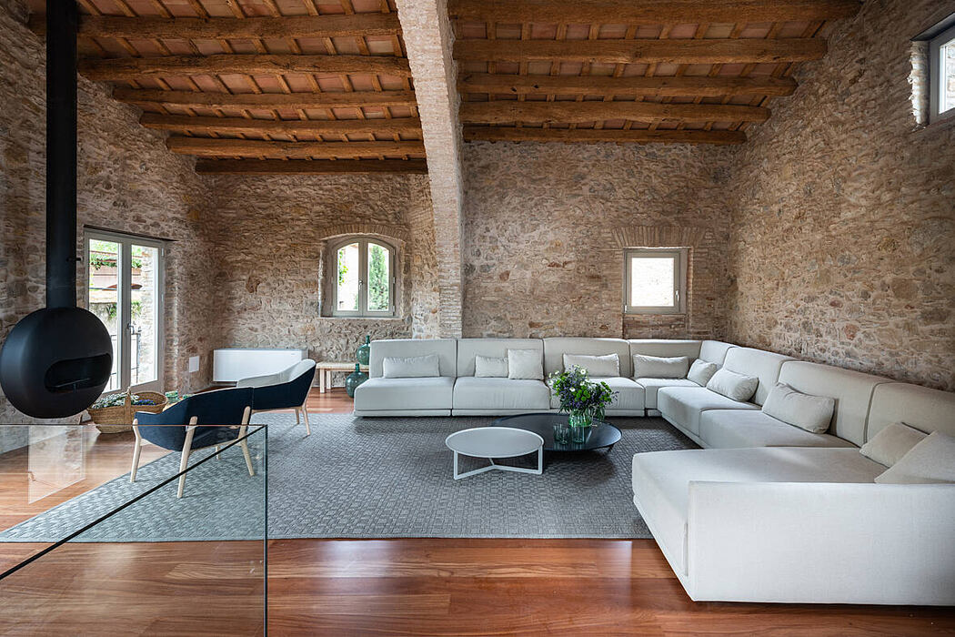 Country House in Girona by Glòria Duran Arquitecte
