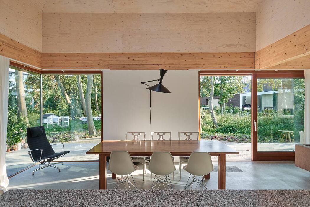 Forest Villa Noordwijk by Kevin Veenhuizen Architect