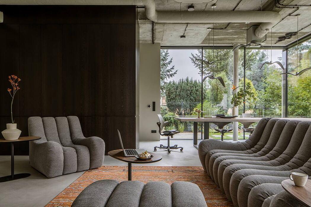 OTO Film's HQ by Poco Design Studio
