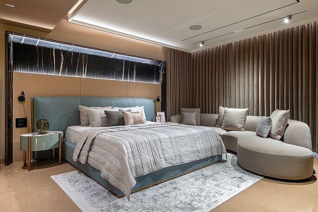 4bhk Apartment by DPA Design Studio