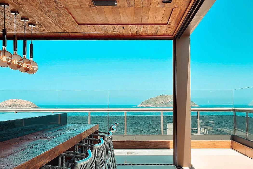 Camboinhas Penthouse by Arquitetura Trevo