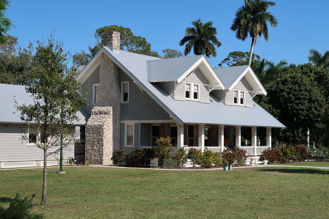 The Pros and Cons of a Reverse Mortgage